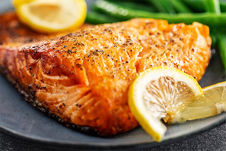 Salmon-a-la-plancha-Patio-Latino-